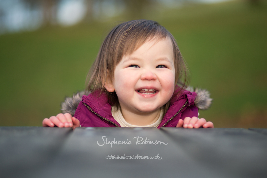 girl-laughing-in-lyme-park