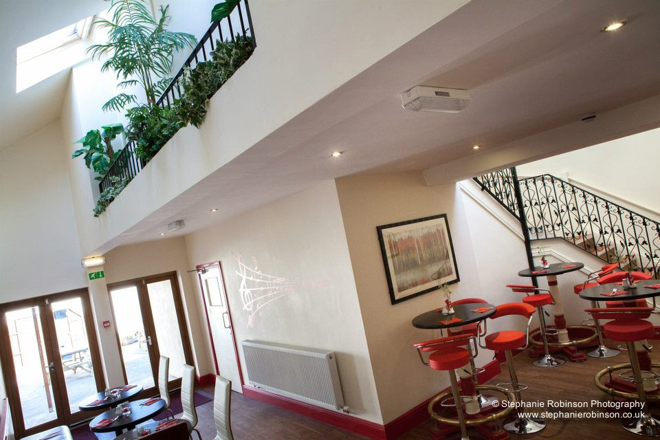Llywelyns Cafe Bar Bistro