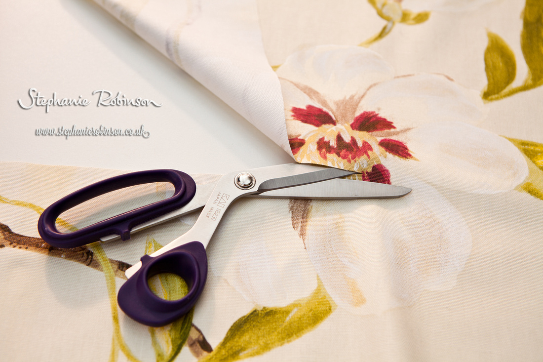 Pebbleblossom_scissors